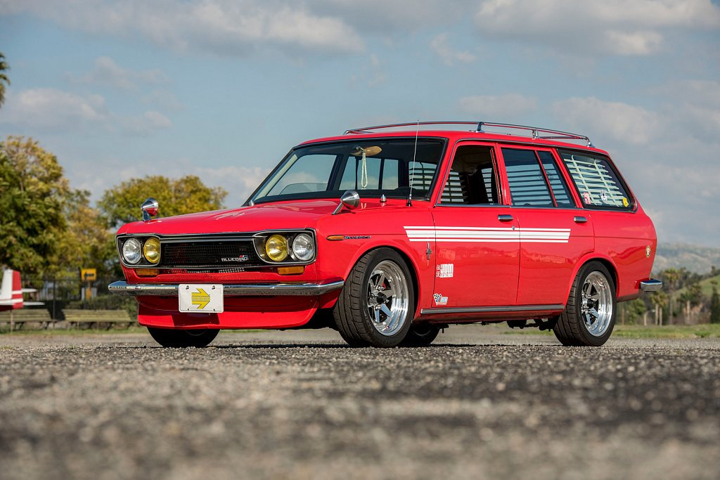 MOMO-Red-Datsun-510-Wagon-15.jpg